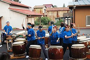 和太鼓演奏、フォークダンス01